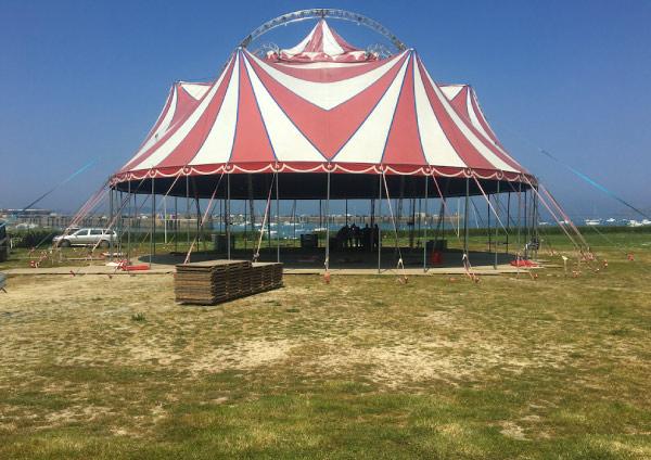 plancher bois chapiteau de cirque